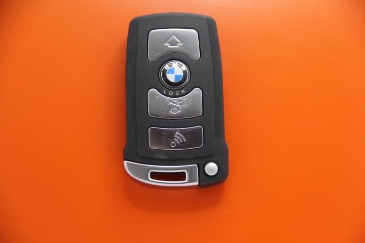Oto Anahtar Sultanbeyli araba anahtarı Araba Anahtarı bmw smart anahtars z al t rma