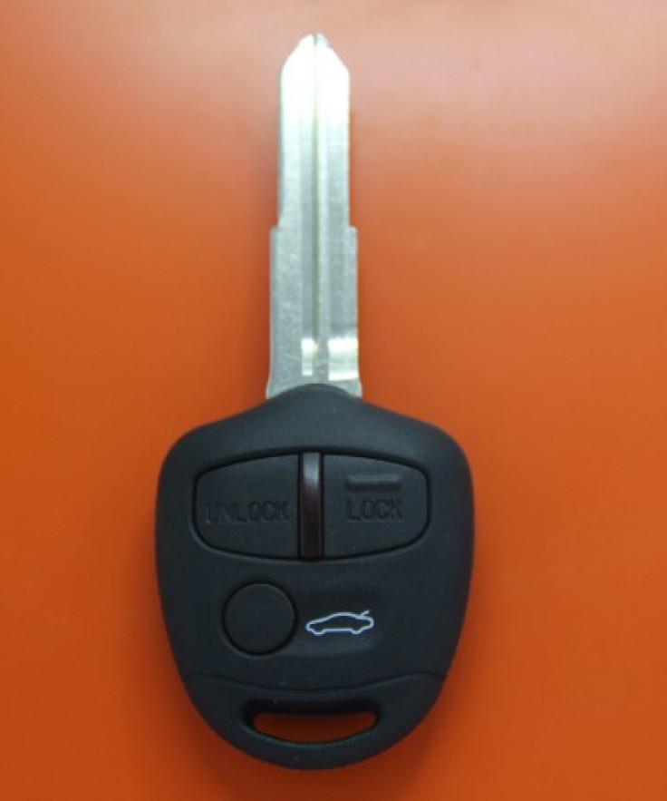 Mitsubishi L200 anahtar
